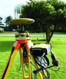 Báo cáo khoa học: Phương pháp chuyển độ cao GPS về độ cao thi công có kể đến ảnh hưởng của độ lệch dây dọi