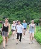 Khóa luận tốt nghiệp Văn hóa du lịch: Thực trạng và giải pháp góp phần hoàn thiện hoạt động quản trị nguồn nhân lực tại khách sạn Novotel Ha Long Bay