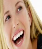 Dầu dừa giúp tẩy trắng răng và giảm thiểu các bệnh về răng